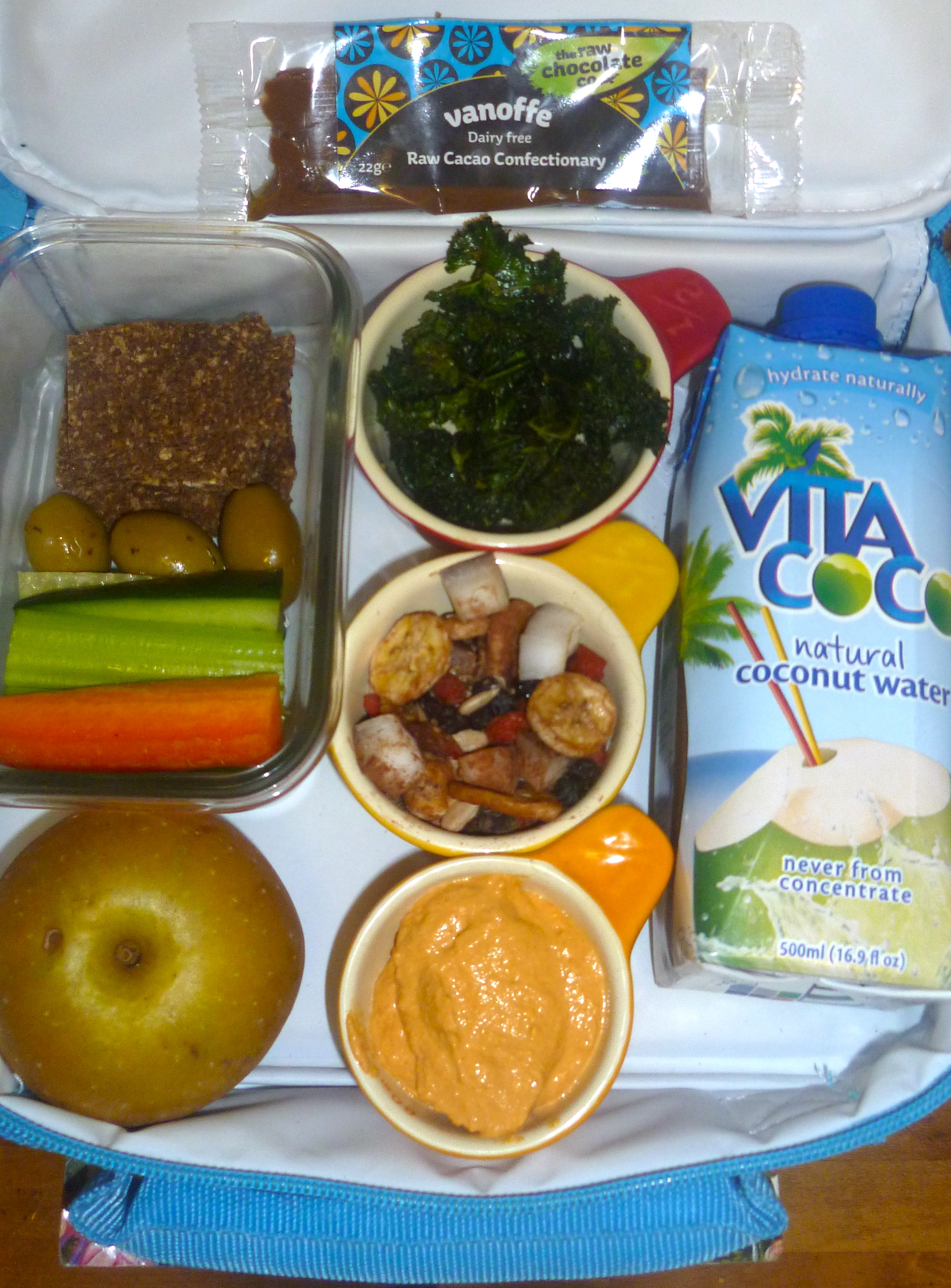 a look inside the raw kid's lunch box | the unconventional parent